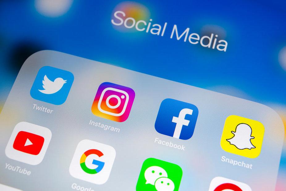 Social Media Websites List